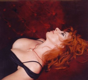 big_mylene-farmer_2004_dominique-issermann_101
