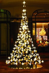 royal-monceau-paris-arbre-de-noel