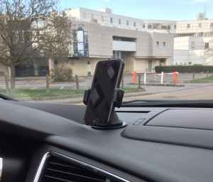 test-support-voiture-rotatif-aukey-18