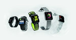 apple-watch-hero-water-5-up-print