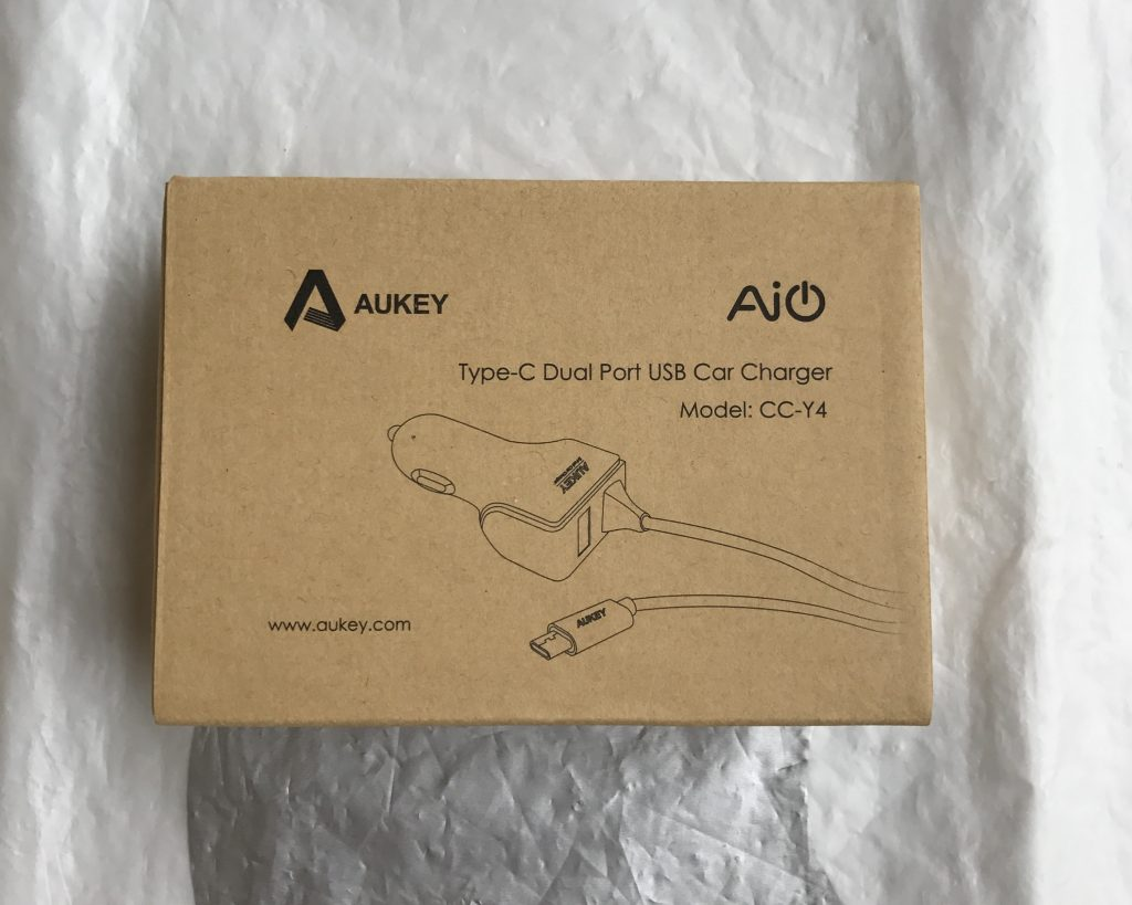 test-chargeur-voiture-usb-usb-c-aukey-2