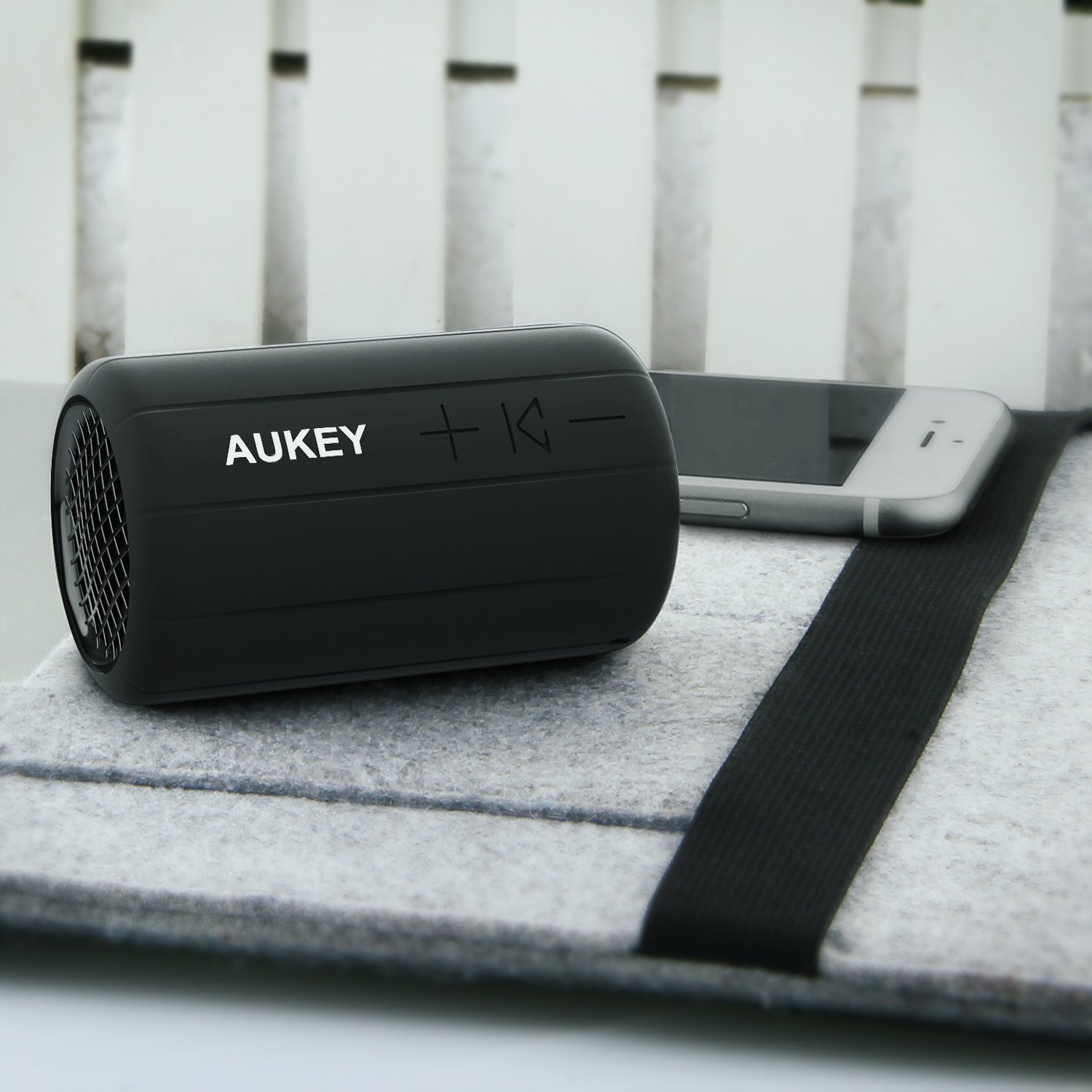 test de la mini enceinte bluetooth sk m15 aukey. Black Bedroom Furniture Sets. Home Design Ideas