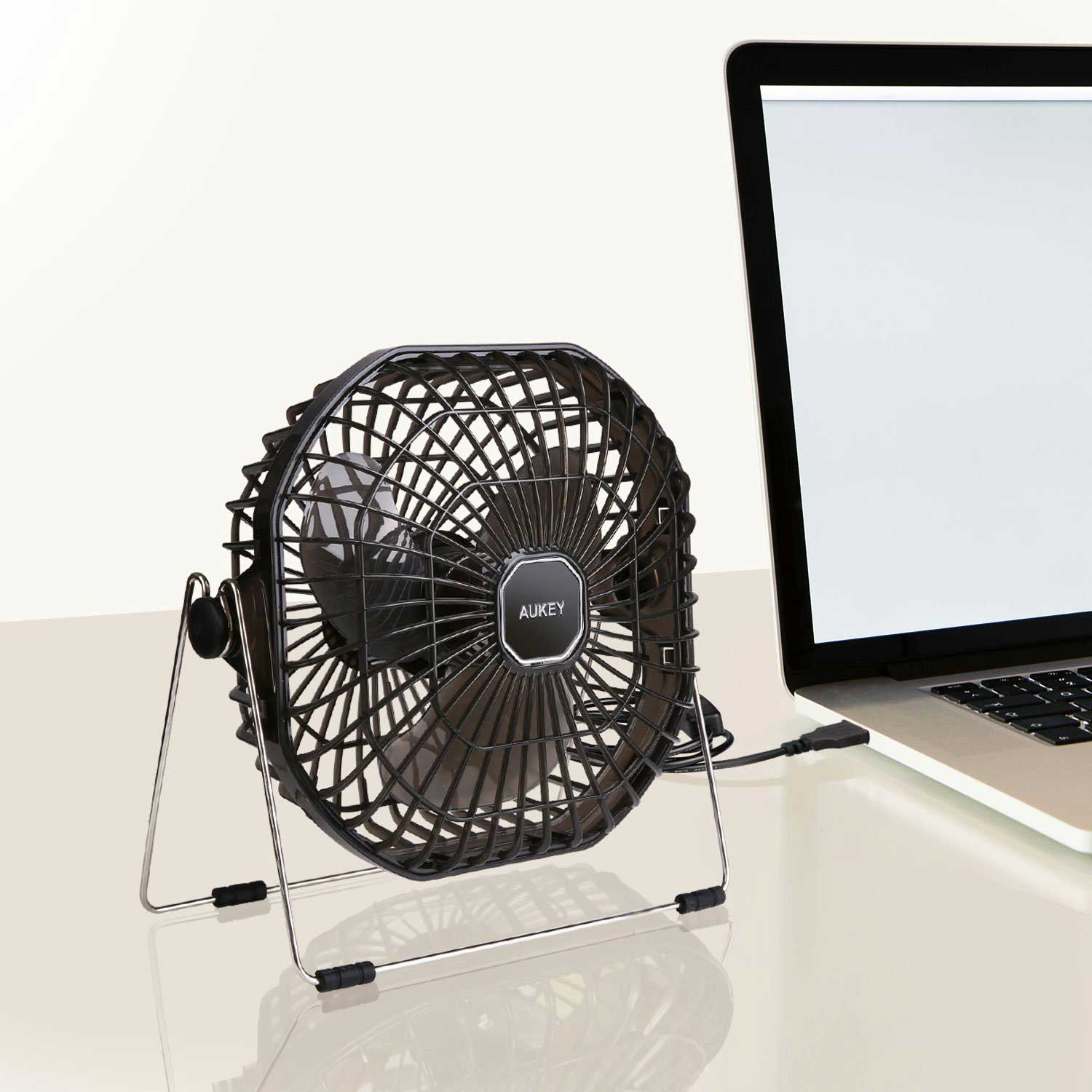 test du ventilateur usb de bureau ef d01 aukey. Black Bedroom Furniture Sets. Home Design Ideas
