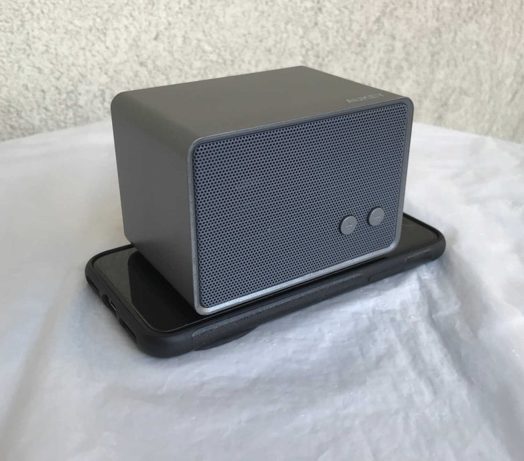 Test de la mini enceinte Bluetooth SK-M28 Aukey