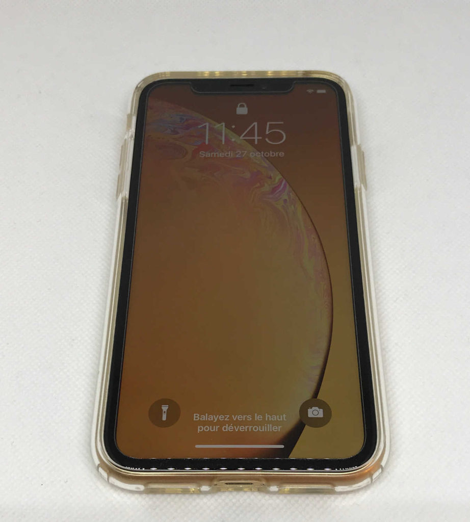 Test de la coque Spigen Liquid Crystal pour iPhone XR