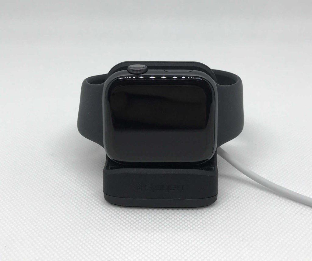 Test du mini dock S350 Spigen pour Apple Watch