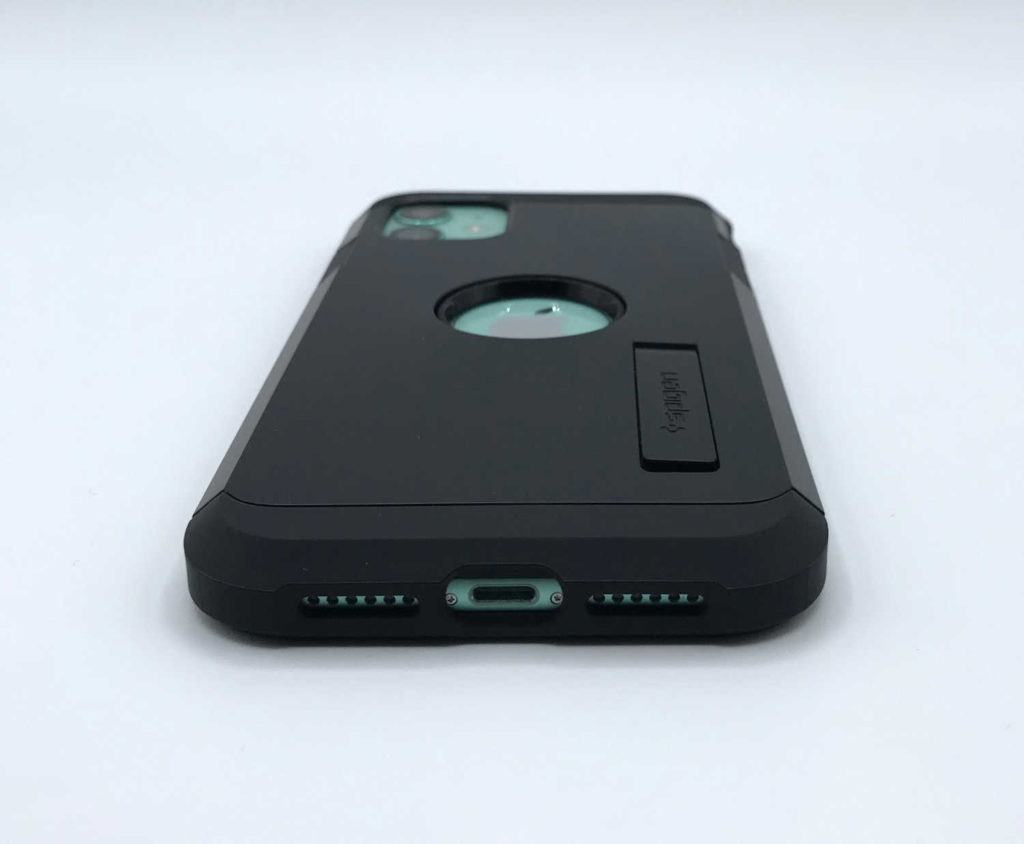 Test de la coque Spigen Tough Armor pour iPhone 11