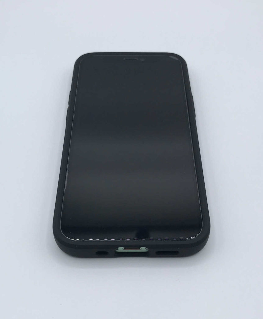 Test de la coque Spigen Liquid Air pour iPhone 12 mini