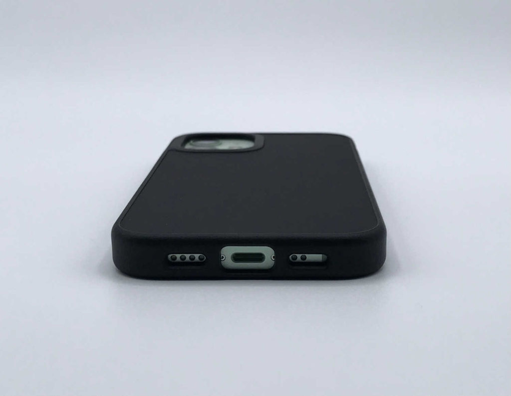 Test de la coque RhinoShield SolidSuit pour iPhone 12 mini